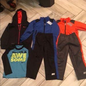 Boys Nike 4T Clothes